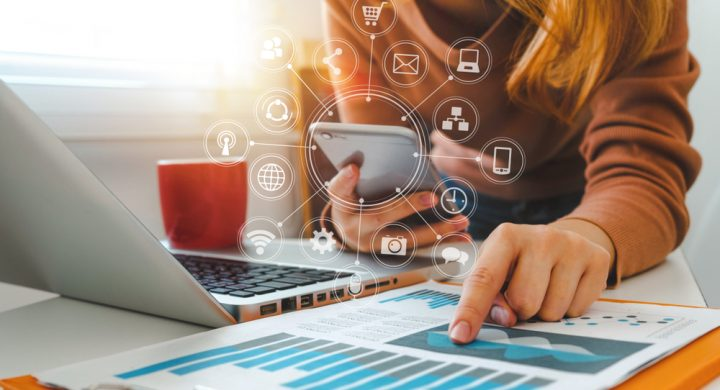 How Digital Platforms Affect the Retail Sector